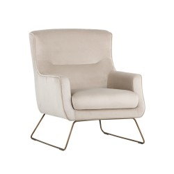 Chaise Holt